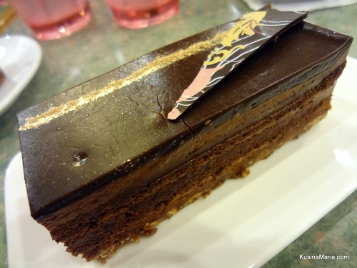 Yuyu Cafe's Chocolate Praline