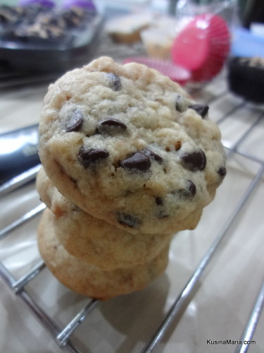 Soft Baked Chocolate Chip Cookies with Walnuts by Kusina Maria